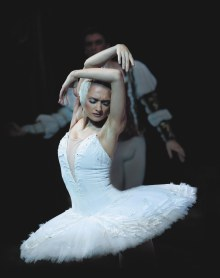 irina-kolesnikova-as-odette-photo-kt